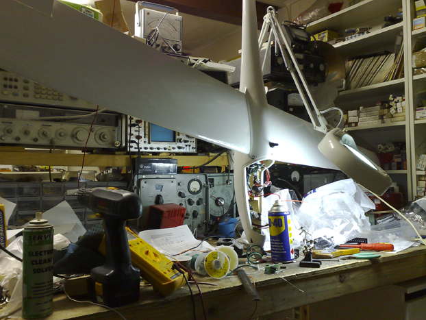 ATS hardware - H-C fixed wing chassis on work bench